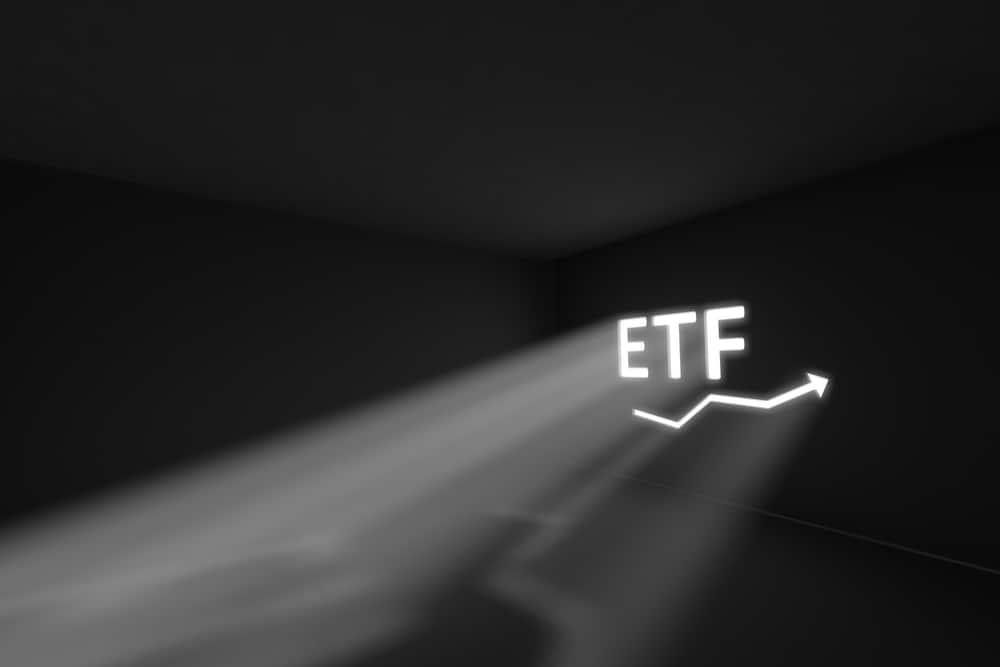 ビットコインETFの承認可否決定を年末に実質先延ばしへ|仮想通貨ニュース【9月24日】